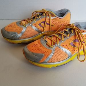 Newton Gravity 4 IV Running Shoes Womans Sz 8 Oran